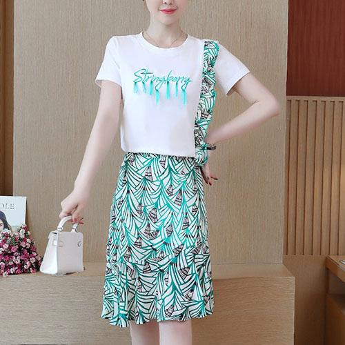 프린지 레터링 티셔츠 탑 & 유니크 패턴 언발 러플 스커트 여자옷 남자옷 쇼핑몰